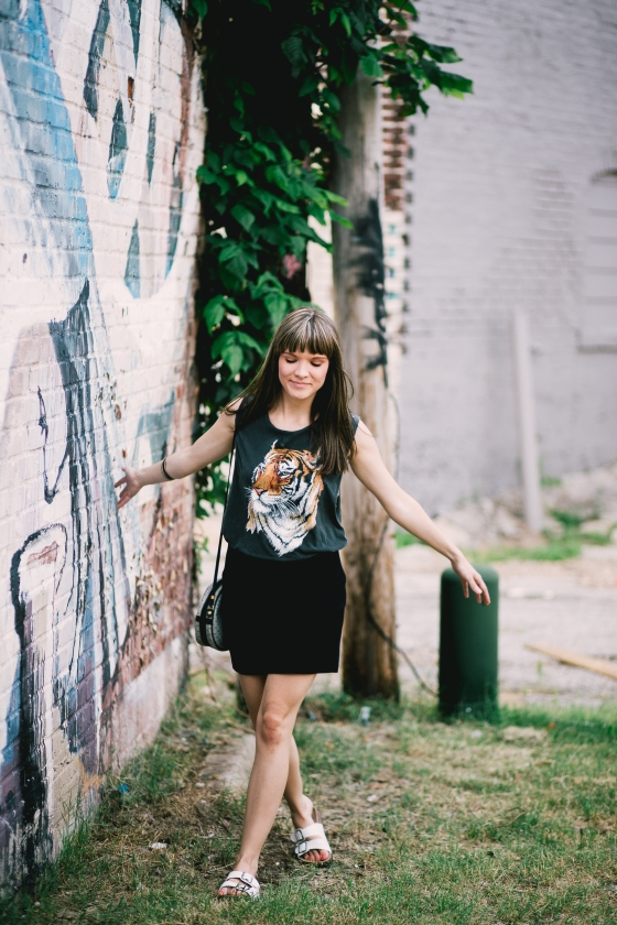 Minimalist Escape. That's Festive Fashion Blog. Thatsfestive.com